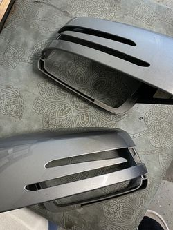 W204 C300 Mercedes Benz Mirror Cover for Sale in Spanaway,  WA