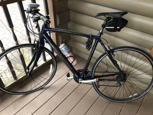 Very good condition Specialized Sirrus pro carbon frame bike for Sale in Norcross, GA