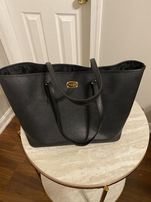 Michael Kors Tote Bag for Sale in Crofton, MD