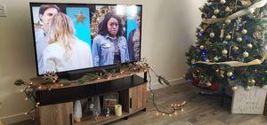 ☆☆☆Like new 4k vizio 50 inch TV with SMARTCAST☆☆☆ for Sale in Olivehurst, CA