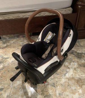 Rachel Zoe maxi cosi car seat for Sale in Phoenix, AZ