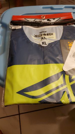 Fly racing KINETIC SHIELD jersey for Sale in Glendale, AZ