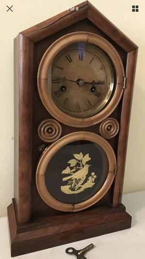 Antique E Ingraham Figure 8 Mantle Gong Clock for Sale in Lexington, SC