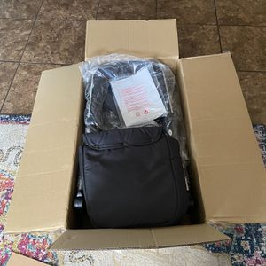 HOT MOM STROLLER NEW W/COVID VYNIL PROTECTION for Sale in Phoenix, AZ