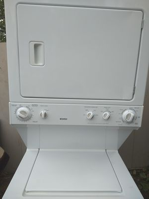 Kenmore stackable washer and dryer with warranty for Sale in Fresno, CA