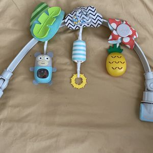 Infant Car seat Toys With Sounds for Sale in Richmond, CA