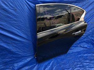 2014-2018 Infiniti q50 left rear door assembly for Sale in Hialeah, FL