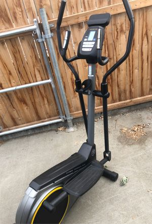 Golds Gym elliptical for Sale in Kennewick, WA