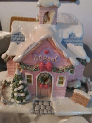 "Hawthron village collection precious moments """" Merry Memories School"" for Sale in Miami Gardens, FL"