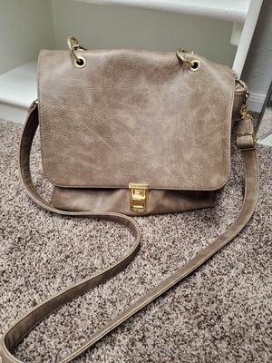 Steve Madden Messenger Bag/ Purse for Sale in Apple Valley, CA