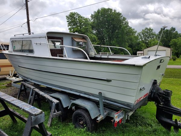 1965 starchief boat 22 footer with trailer project I did some work on it new paint