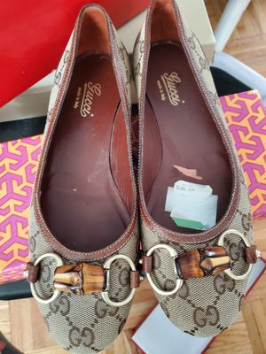 Gucci flats size 6 for Sale in Seattle, WA