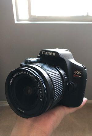 Canon EOS rebel t6 DSLR with 2 lenses, camera bag, and strap for Sale in San Diego, CA