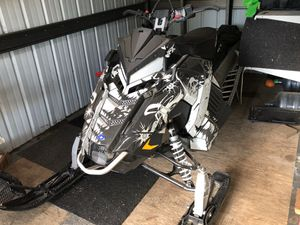 Snowmobile polaris axys rmk 600 144 2017 for Sale in Vancouver, WA