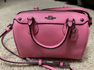 Very nice mini coach bag for Sale in Plano, TX