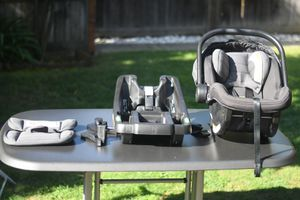 City go Infant car seat -like new for Sale in Mountain View, CA