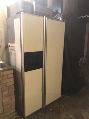Refrigerator kitchen Aid for Sale in Miami, FL