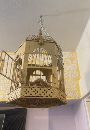 Metal bird cage for Sale in Los Angeles, CA