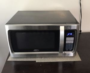 Oster 1100W microwave - used for Sale in Alameda, CA