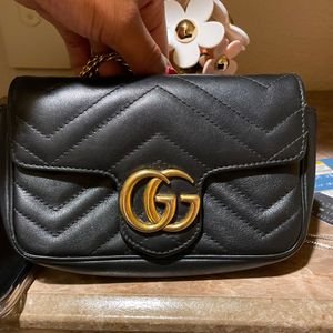 Gucci Wallet On Chain for Sale in Phoenix, AZ