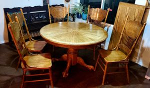 Oak table and chairs for Sale in Mesa Grande, AZ