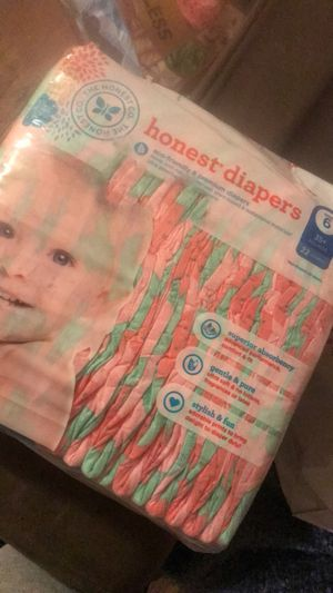 Honest brand diapers 2 bags for 20 , Size 6 for Sale in Los Angeles, CA