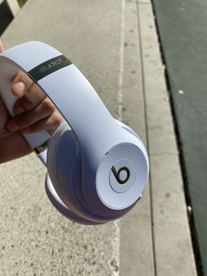 Beats studio wireless 3 headphones good condition works great, battery lasts a long time. for Sale in San Diego, CA
