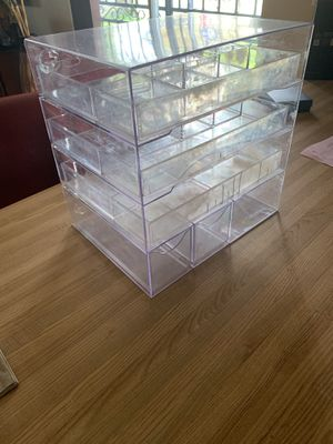 Acrylic makeup organizer with lots of storage for vanity tables for Sale in Miami, FL