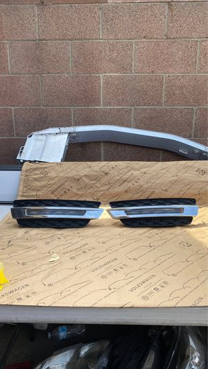 2014 2015 2016 MERCEDES GL350 GL450 RIGHT SIDE RUINING LIGHT/LEFT LAMP OEM for Sale in Gardena, CA