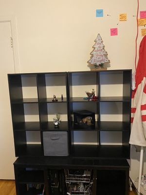 BlK shelves come with foldable storage cubes for Sale in Hackensack, NJ