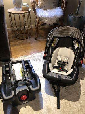 Graco Snugride 35 car seat bundle for Sale in Seattle, WA