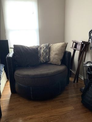 Z Gallerie Round Deluxe Chair for Sale in Columbia, MD