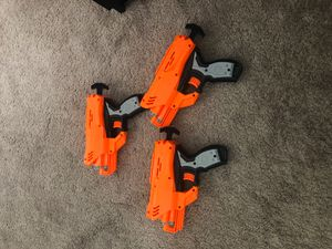 Nerf guns accustrike series with 12 pink bullets for Sale in Albuquerque, NM