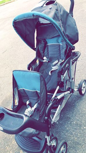 Double Stroller for Sale in Gloucester City, NJ