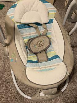Baby Swing for Sale in Shoreline,  WA