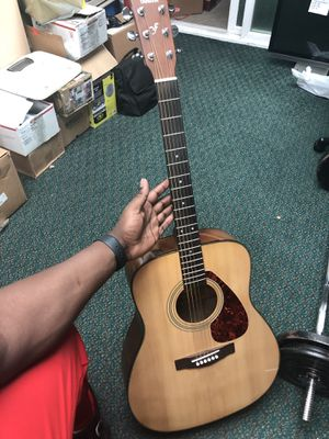 Guitar / A Coustic , Musical Instruments Yamaha In Bag.. Negotiable for Sale in Baltimore, MD