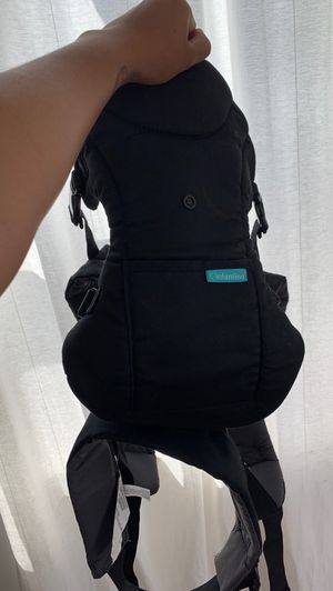 Infantino Baby Carrier for Sale in Los Angeles, CA
