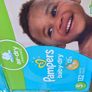 Pampers Baby Dry Size 5 for Sale in Lakewood, CA