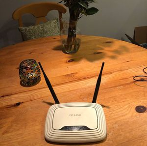 TP-Link TL-WR841N 300mbps Router for Sale in Portland, OR