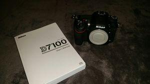 Nikon D7100 & f2.8 lense available for Sale in Des Plaines, IL
