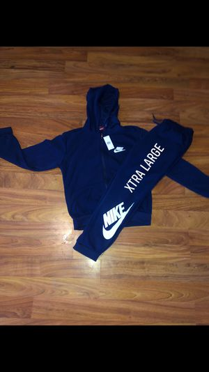 Nike sweatsuits for Sale in Lexington, KY