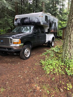 2006 camper . for Sale in Maple Valley, WA