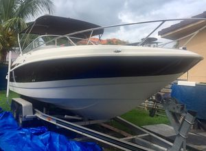 Great boat Maxum 2300 23' ready to use for Sale in Miami, FL