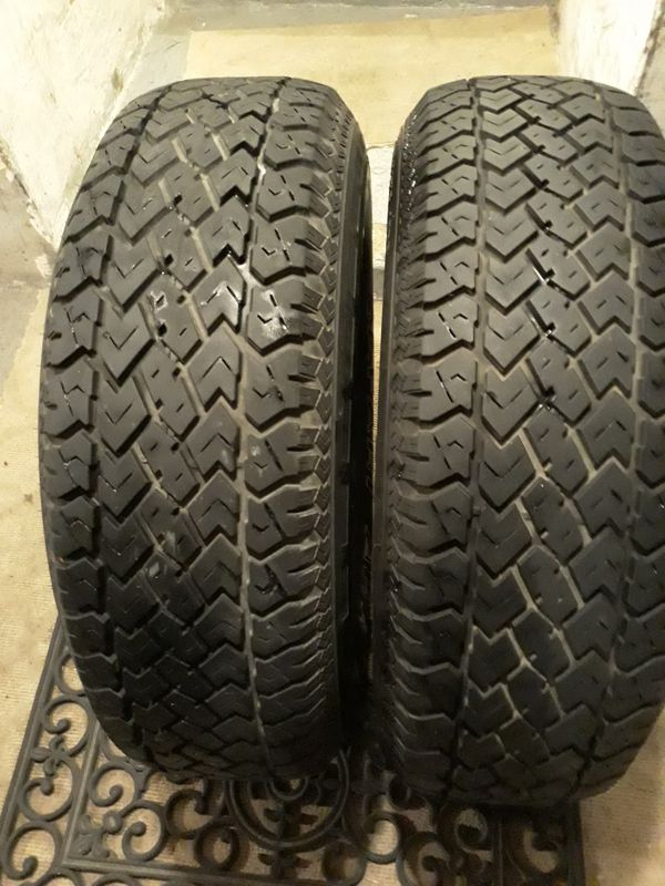 235 75 15 KELLY SAFARI AWR TIRES