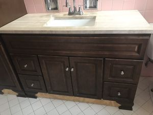 Free Vanity bathroom top not included for Sale in Highland Park, IL