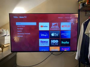 """TCL 43"""" Class 5-Series 4K HDR Roku Super-Slim Smart TV 43S517 for Sale in Seattle, WA"""