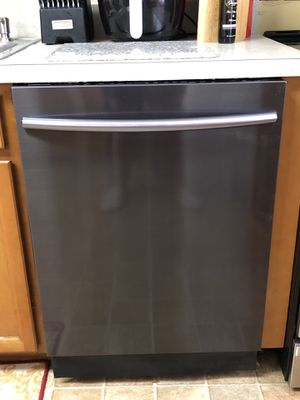 Samsung Dishwasher Model# DW80K7050UG for Sale in Laverock, PA