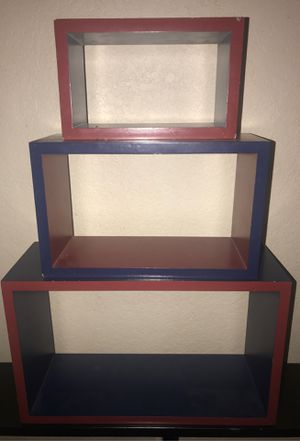 3 WOODEN SHELF PERFECT CONDITION for Sale in Fresno, CA