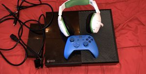 Standard Xbox one for Sale in Long Beach, CA