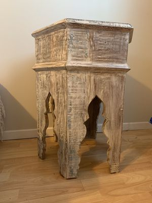 SET OF GORGEOUS MATCHING BEDSIDE TABLES for Sale in San Diego, CA
